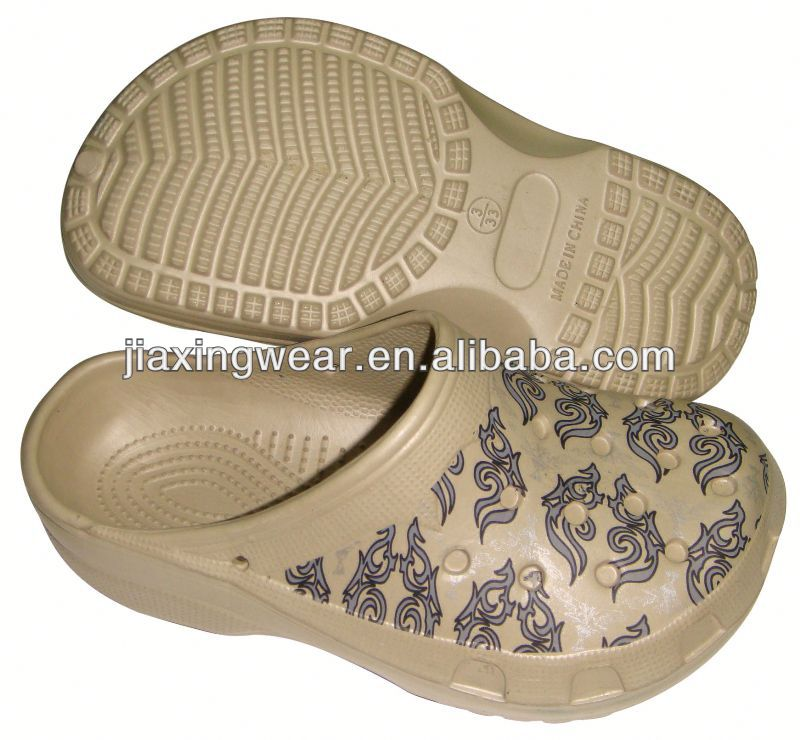 Injection holey soles clog for beach and promotion,light and comforatable