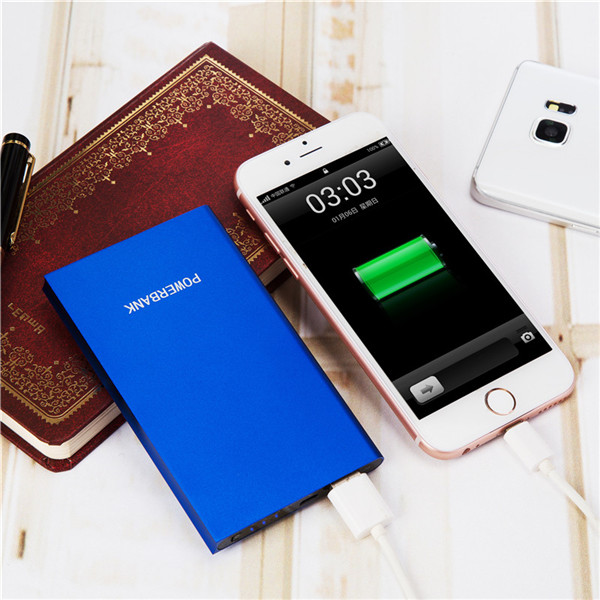 2016 Ultra thin cell phone credit card sized power bank for Promotion gift full capacity battery charger