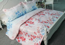 2015 pujiang honsun red flower adult Polyester print bedding set quilt