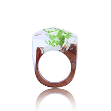 Exquisite Wood Resin Rings for Women Organic Green Eco Epoxy Inspirational Signet Wooden Ring Birthday Gift for Her Dropshipping