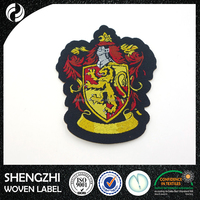 China Directly Factory Brand Name Embroidery logo patch