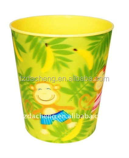 Colorful Plastic 3D Lenticular Printing mini trash can on desk