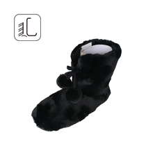 China hot sale cheap faux fur fabric warm indoor snow boots for women