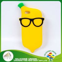 Good quality yellow banana silicone 5 inch mobile phone case