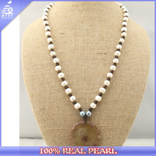2015 latest fashion natural freshwater pearl with natural agate pendant necklace