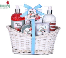 Luxurious Body Spa Bathroom Baskets Kit Natural Aromatic Shower Gel Body Lotion Bath Gift Sets