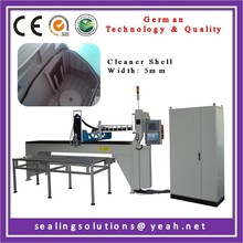 Automatic dispensing machine for making gasket