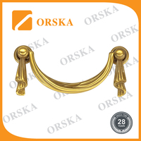 Drooping curtain style bright brass color hardware zinc handle