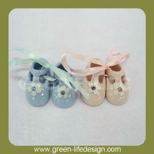Promotional cute ceramic baby shoes