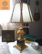 Antique copper bronze table lamp for hotel