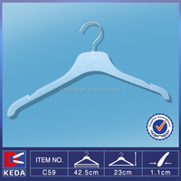 non branded clothing hanger