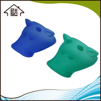 NBRSC Cattle Shape Oven Mitts and Potholder Microwave Oven Glove Silicone Gloves Kitchen Tool