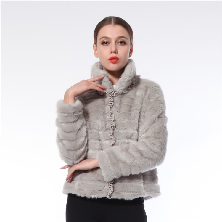 High Quality OEM Service Elegant Russia Winter Elegant Faux Fur Coat