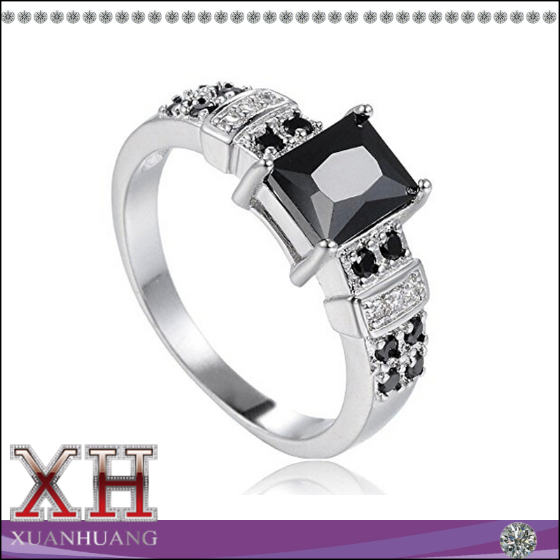 Xuan Huang Engagement Jewelry Square Black CZ Rings for Women and Girls