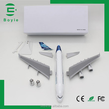 Present detachable 36CM a380 airbus scale 1:200 airplane model ABS material
