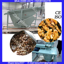 Walnut processing equipment/walnut nut cracker/walnut dehuller machine