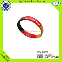 Manufacture colorful sports debossed silicone bracelet wristband
