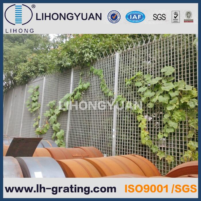 Welded steel grating fence wall