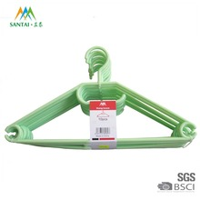 China factory supply swivel head plastic clothes hanger