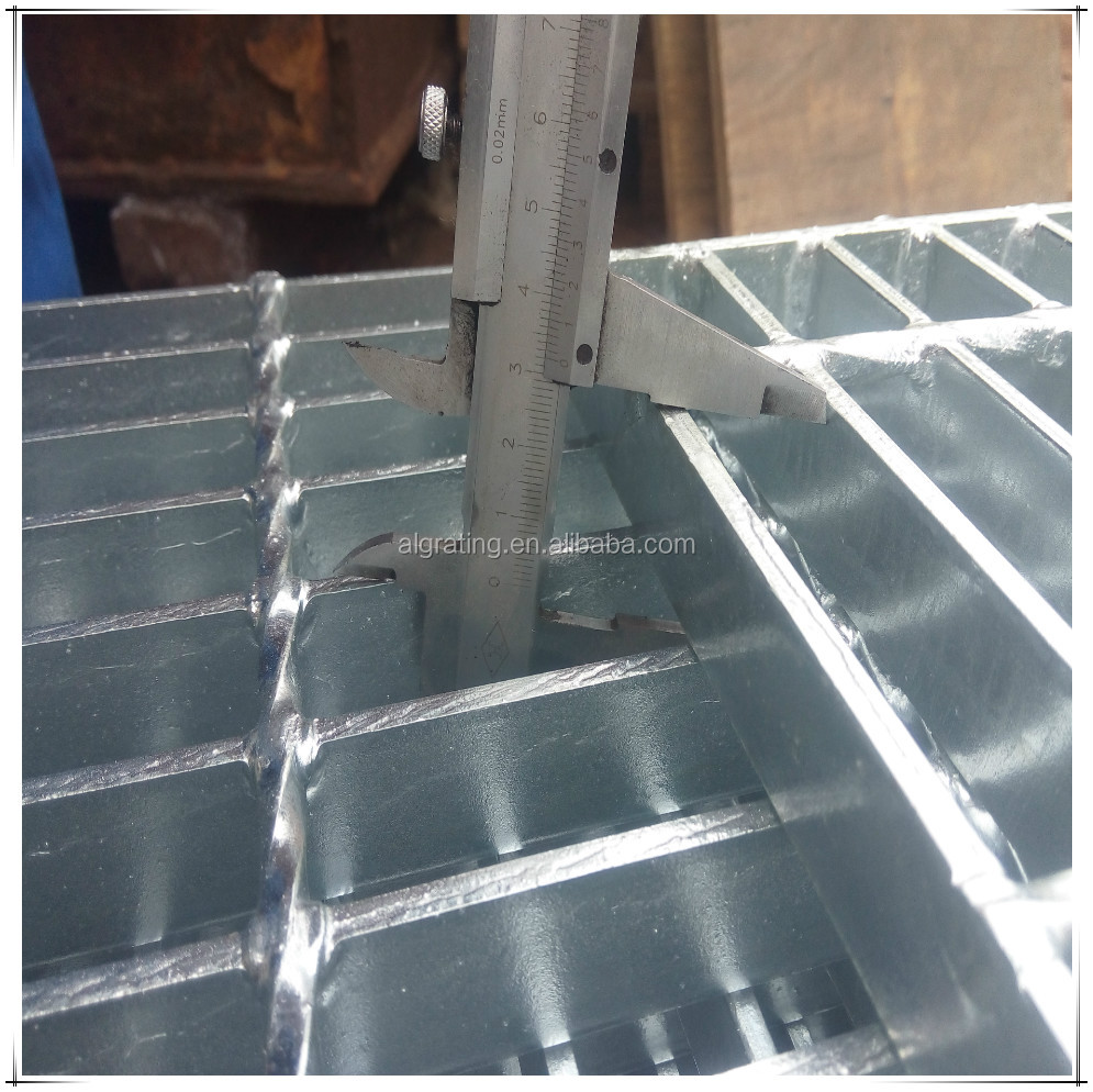 heavy duty steel floor grating