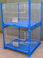 Stackable strong rigid mesh cage with close-grained baseboard
