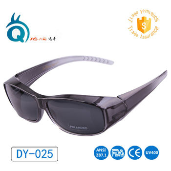 2017 Fashionable fit over sunglasses flip up sun glasses with polarized GREY lens