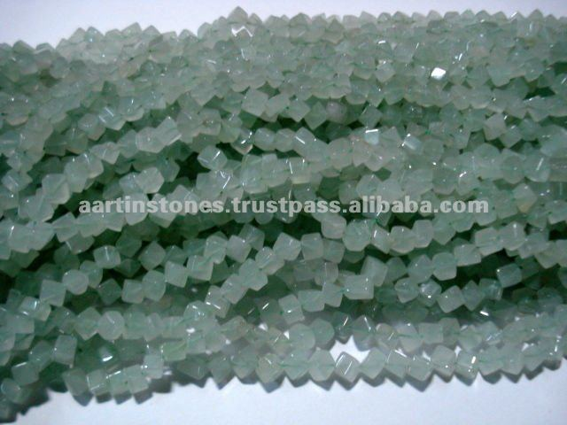Green jade loose gemstone beads