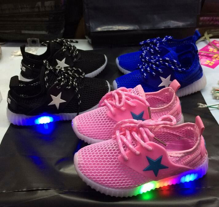 Wholesale summer mesh upper casual kids LED light up boys shoes