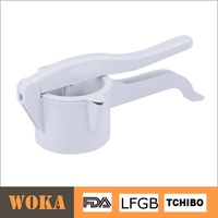 Hand-held Orange Juicer Plastic Lemon Squeezer Manual Citrus Juicer