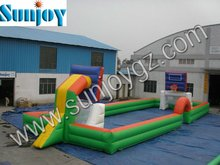 2016 Sunjoy Excellent quality inflatable basketball and football field for playing
