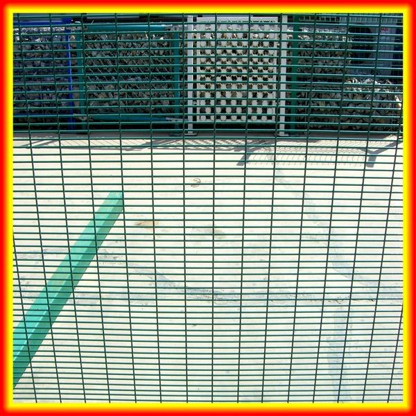 High Security 358 Fence For Prison / Wirewall Fence / Aquamesh(hot sale for security)