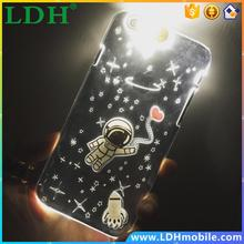 New LED Flash Cartoon Space Man Astronaut Design PC Cover Case For APPLE iPhone 5 5s 6 6plus Fashion Transparent Phone Cases