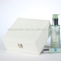 High Quality White Lighted Makeup Case