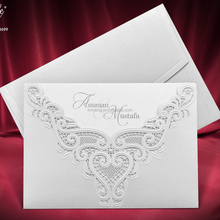 2017 New arrival Customized design laser cut wedding invitations with blank Embossed