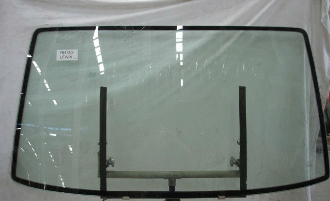 KIA GLASS WINDSCREEN K2700II