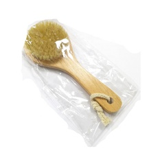 Japan quality wholesale Eco-Friendly detachable wooden handle dry wet back bath body brush with 100% natural