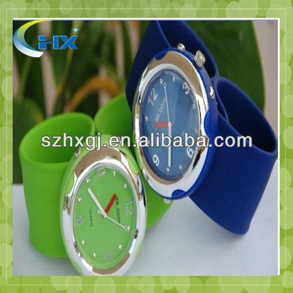 13 colors in stock fashion silicone promotional wristwatch
