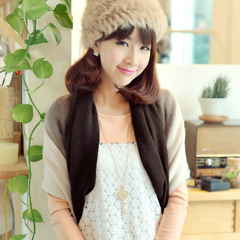 Black and white contrast color warm woman loop carves(M-03CL)