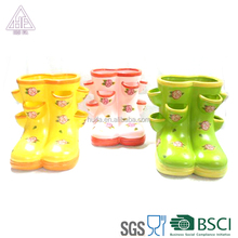 Popular Style Terracotta Crafts Shoes planter for garden