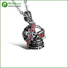 Yiwu Futian Market With Chain Stainless Steel Skull Pendant With Ruby