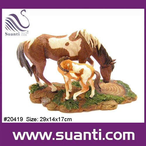 2015 Best Selling Wholesale Resin Lifelike Wild Animal Horse Home Decoration