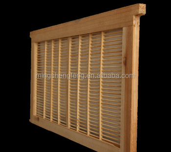 beehive using bamboo material queen excluder
