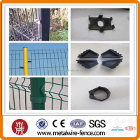 2015 alibaba green cyclone wire fence philippines with pvc coated
