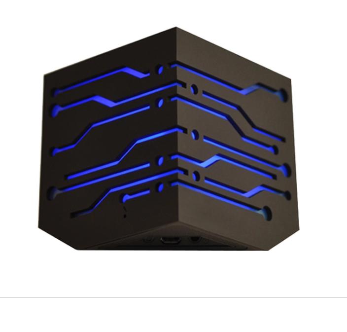 Nouveau Design mega bass bluetooth Haut-Parleur avec Lumière et Écran Tactile - ANKUX Tech Co., Ltd