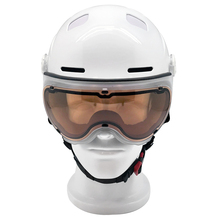 New arrival ultra safety Carbon Fiber + ABS + PC+EPS ski helmet with visor / CE