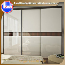 Customized Melamine Bedroom Furniture with Mirror 3 Doors Wood Wardrobe Modern Wood Bedroom