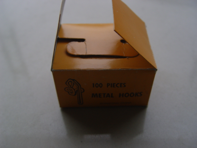 METAL CURTAINER HOOK BOX PACKING N/P OR B/P