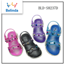 2017 summer name brand beach plastic sandals clogs shoes for children