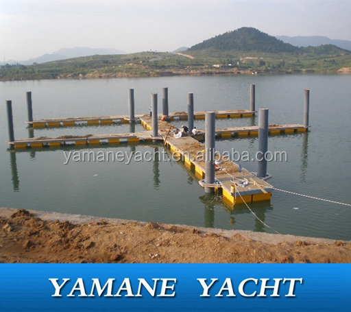 steel structure floating berth for boat yacht