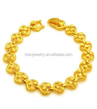 Fashion european dubai gold palted ladies bracelet latest models heart shape